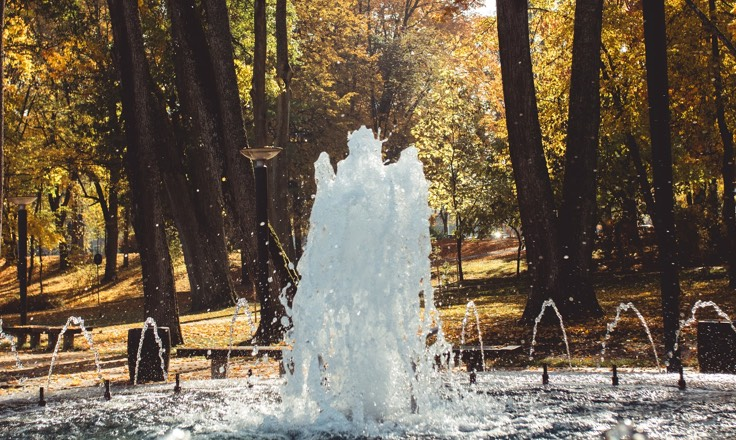 Druskininkų muzikinis fontanas džiugina nemokamais koncertais visą šiltąjį sezoną. 10 priežasčių atvykti į Druskininkus.