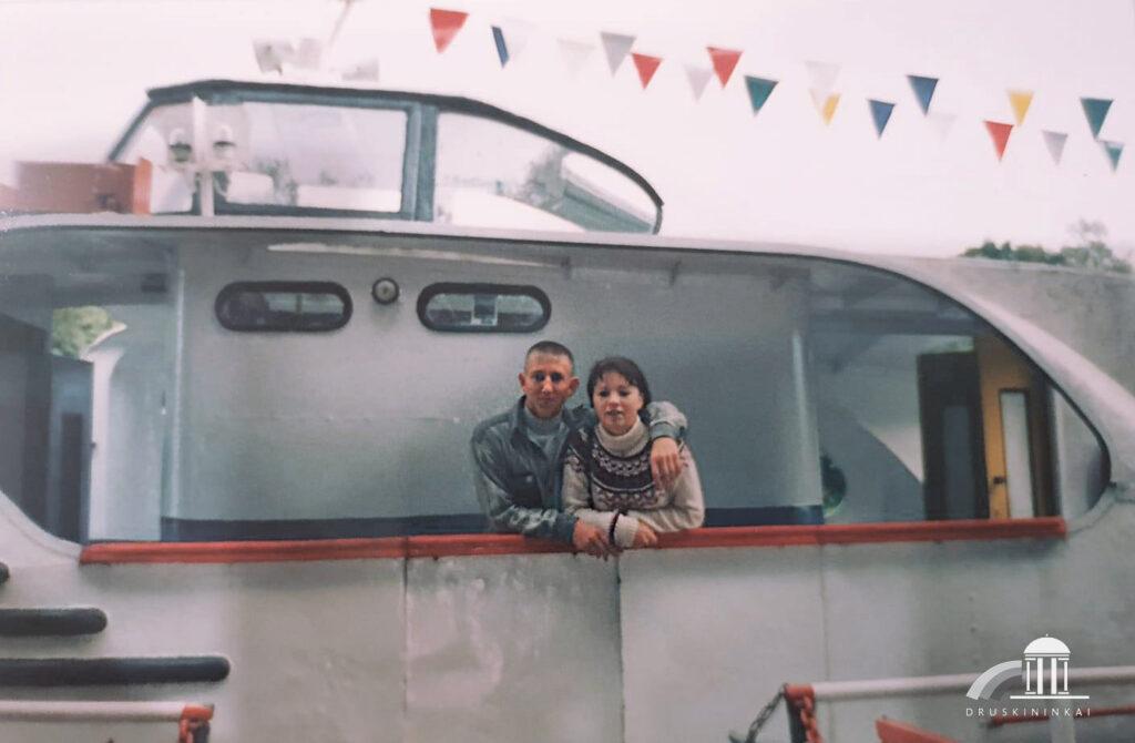 Meilė, gimus Druskininkuose - garlaivis